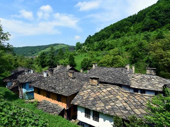Immobilienkauf, Bulgarien, Eigentumsverhältnisse, Rechte Dritter, Foto: iStock/projects3d