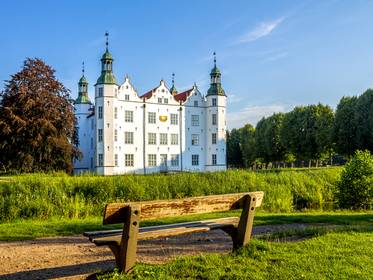Schloss, Schloss Ahrensburg, Foto: pure-life-pictures/fotolia.com