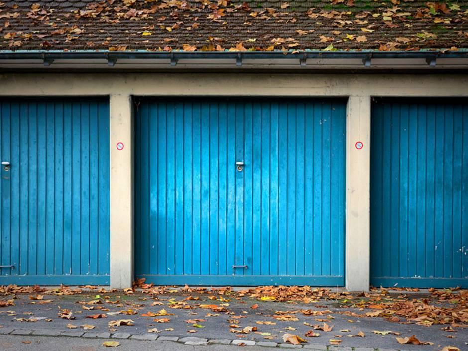Garage kaufen, Garagentor, Foto: Petair / fotolia.com