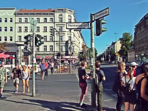 Berlin, Straße in Neukölln, Foto: immowelt.de/Lessing/Pozoga