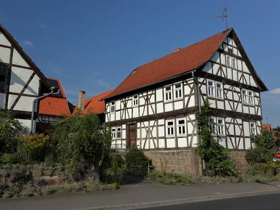 Bauernhaus kaufen, Fachwerkhaus, Foto: heckepics /iStock