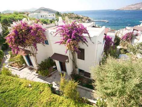 Immobilienkauf Türkei, Kaufnebenkosten Türkei, Foto: iStock/cisilya
