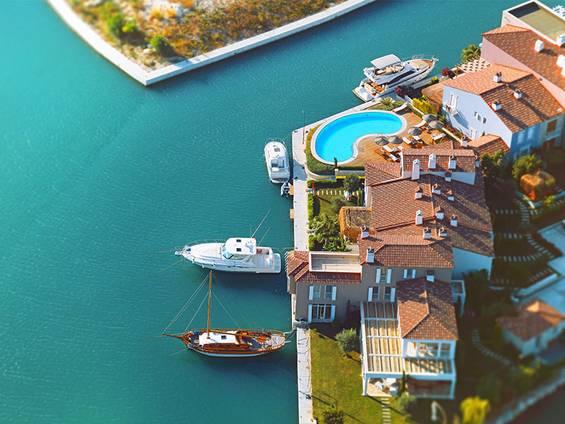 Immobilienkauf Türkei, Luxusimmobilie kaufen, Westküste, Alaçatı, Foto: iStock/jpgfactory