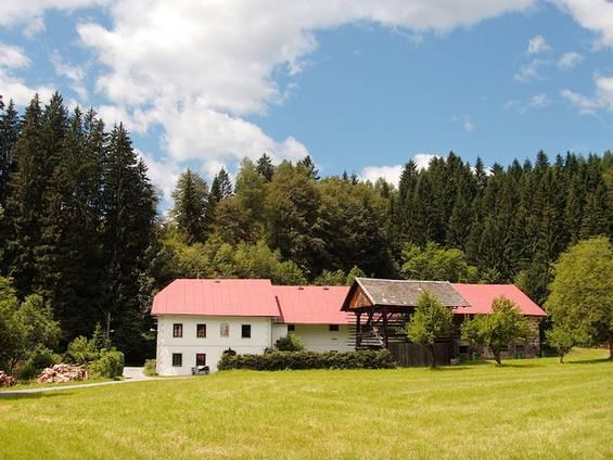 Bauernhof kaufen, Grundbuch, Grunddienstbarkeiten, Foto: Elke Hötzel/fotolia.de