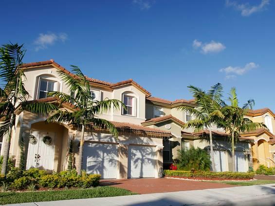 Immobilienkauf, USA, Wetter, Kriminalität, Foto: iStock/ntzolov