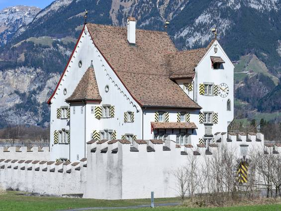 Schloss, Burg, Seedorf, Uri, Schweiz, Foto: fotoember/fotolia.com