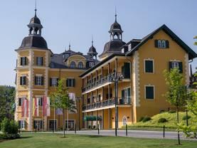 Hotel kaufen, Schlosshotel, Foto: art63/fotolia.com