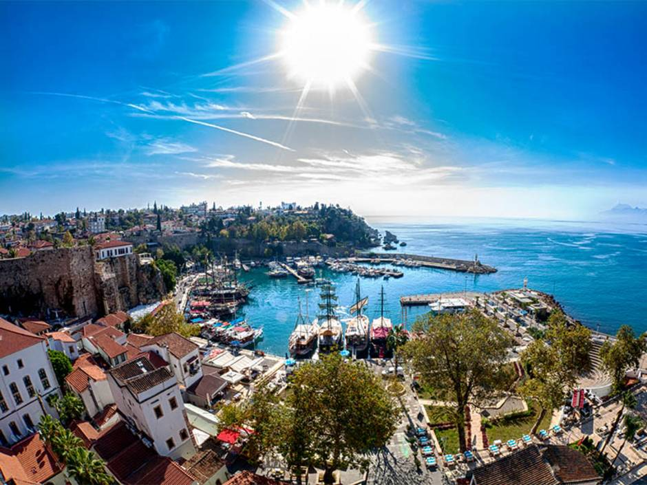 Immobilienkauf Türkei, Immobilien Türkei Preise, Antalya, Kaleici, Foto: iStock/eucyln