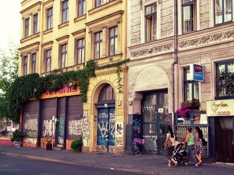 Berlin, Straßenzug in Kreuzberg, Foto: immowelt.de/Lessing/Pozoga