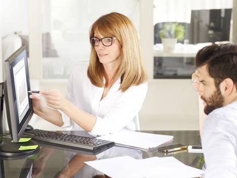 Laden kaufen, Finanzierung, Immobilienkredit, Foto: iStock/Szepy