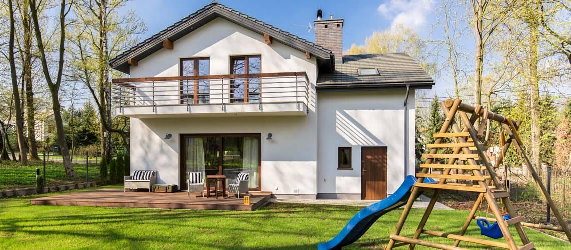 Immobilienbewertung, Einfamilienhaus, Foto: KatarzynaBialasiewicz/iStock.com
