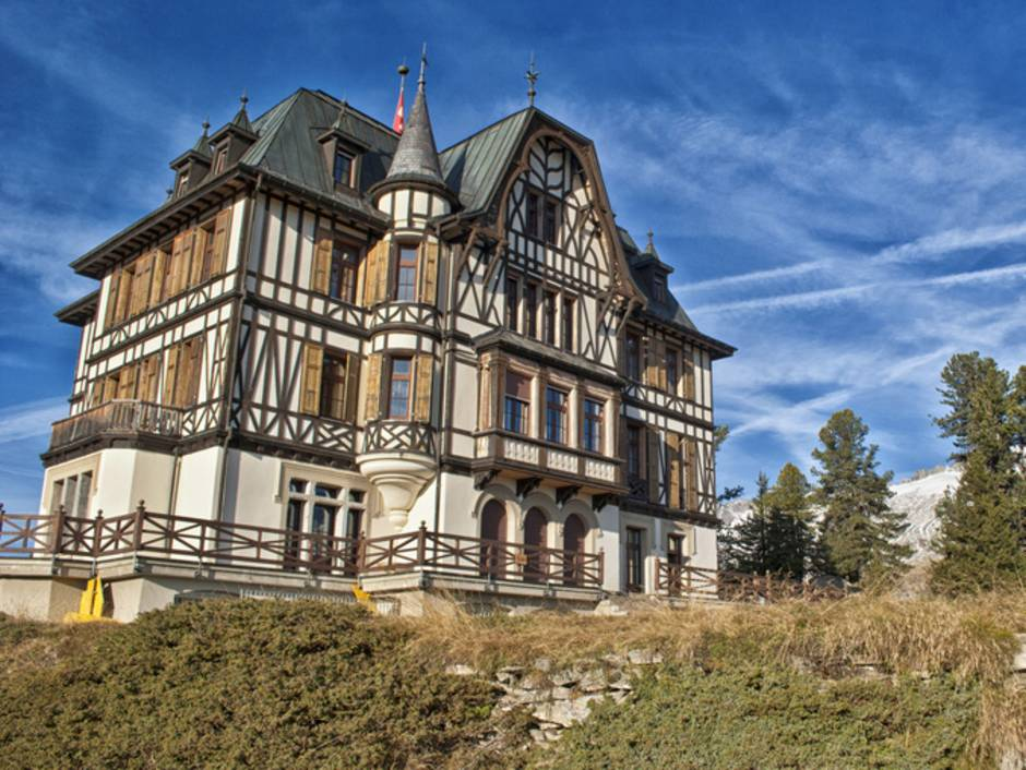 Burg, Schloss, Villa, Wallis, Foto: kippis/fotolia.com