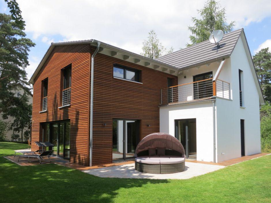 Holzhaus, Holzfassade, Foto: Engelhardt & Geissbauer – Das Holzhaus aus Franken