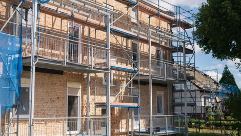 Mieterhöhung, Modernisierung, Foto: Ronald Rampsch / stock.adobe.com