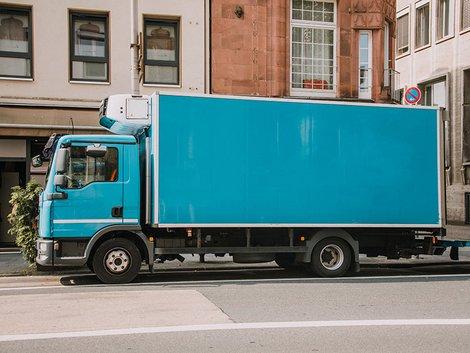 Möbeleinlagerung, Spedition, Möbel einlagern, Foto: MarioGuti/iStock.com