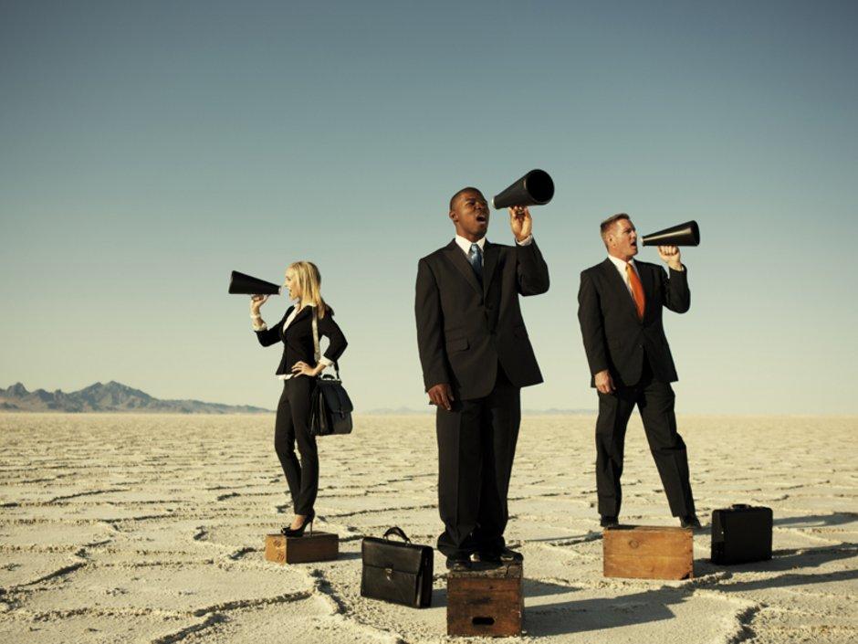 Makler, Werbung, Kundenakquise, Foto: iStock/RichVintage