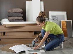 Möbel abbauen, Möbel aufbauen, Umzug, Möbelmontage, Foto: philippe Devanne / fotolia.com