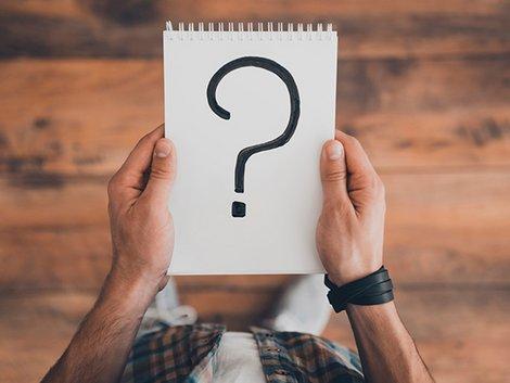 Frage, Makler, antworten, Foto: iStock/ g-stockstudio