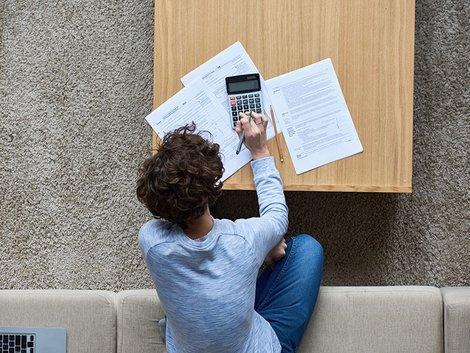 Geld verdienen, Kalkulation, Eigenheim, Foto: iStock.com / mediaphotos