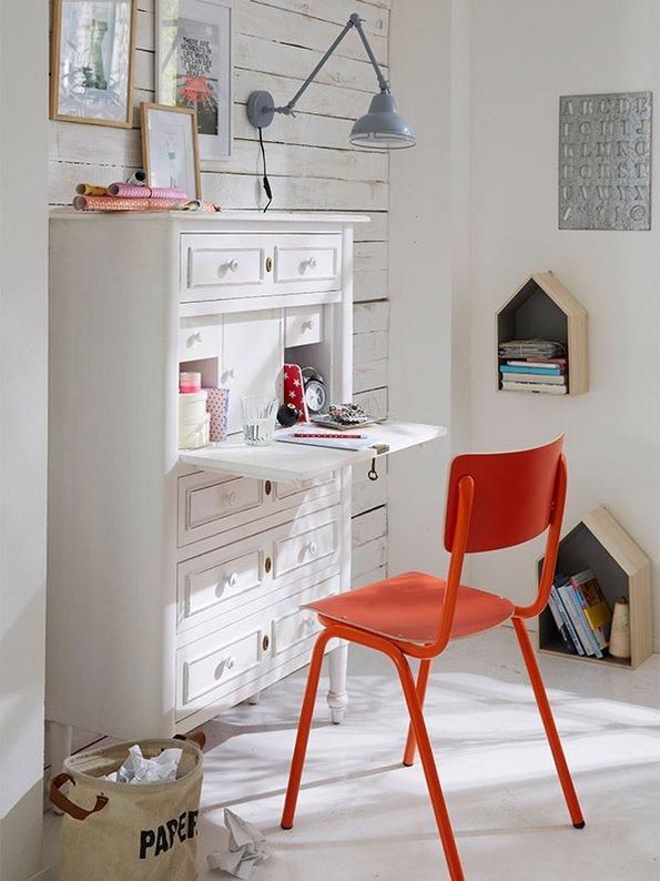 Sekretär, Kommode, kleine Wohnung einrichten, kleines Zimmer gestalten, kleine Räume einrichten, Foto: car-moebel.de