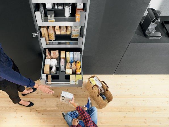 Kleine Küchen, Schrank, Vollauszug, Foto: AMK