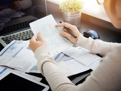 Mietkation, Sparbuch, Foto: eggeeggjiew / Stock.Adobe.com