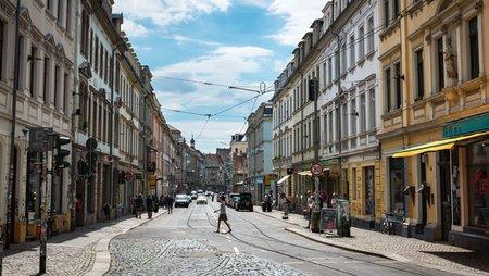 Die Dresdener Neustadt, Foto: istock.com / AndresGarciaM