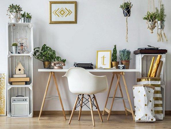 Multifunktionaler Klapptisch, kleine Wohnung einrichten, kleines Zimmer einrichten, kleine Räume gestalten, Foto: Photographee.eu / fotolia.com