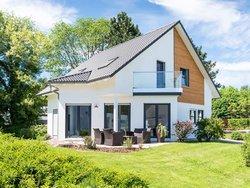 Immobiliennachfrage Eigentümer, Einfamilienhaus mit Garten, Foto: js-photo / stock.adobe.com