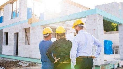 Vermieter Steuertipps, Anschaffungskosten, Herstellungskosten, Baukosten, Steuer absetzen, Foto: Halfpoint / stock.adobe.com