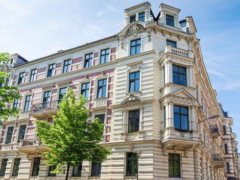 B- und C-Lagen, Vorteile, Mehrfamilienhaus, Foto: js-photo / fotolia.com