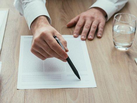 Aufwandsentschädigung Makler, Aufwendungsersatz Makler, Widerruf Kunde, Wertersatz-Klausel, Provision, Foto: iStock/Nikada