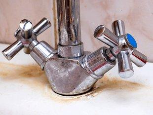 Verkalkter Wasserhahn. Foto: Nadezhda/stock.adobe.com