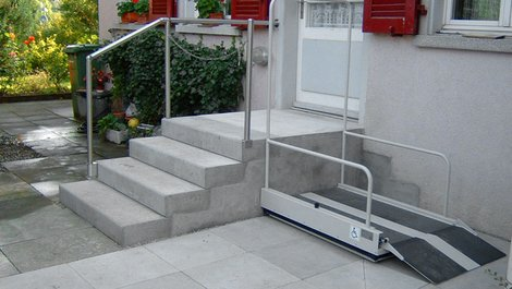 Eingangsbereich, Hebelift, Zugang, Foto: lebensgerecht.de