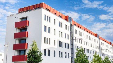 Baufinanzierung, Lebensversicherung, Mehrfamilienhaus, Kapitalanleger, Foto: Tiberius Gracchus / stock.adobe.com