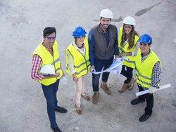 Bauherrengemeinschaft, Baugemeinschaft, Kosten sparen, Foto: iStock /xavierarnau