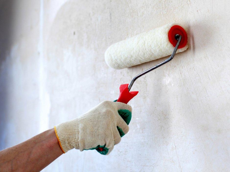 Wände, Decke, streichen, grundieren, Foto: iStock.com/IvanMikhaylov