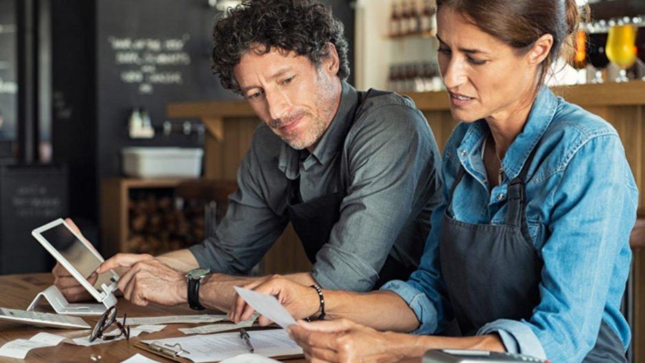 Zwangsversteigerung verhindern, Finanzen durchrechnen, Foto: iStock.com / Ridofranz