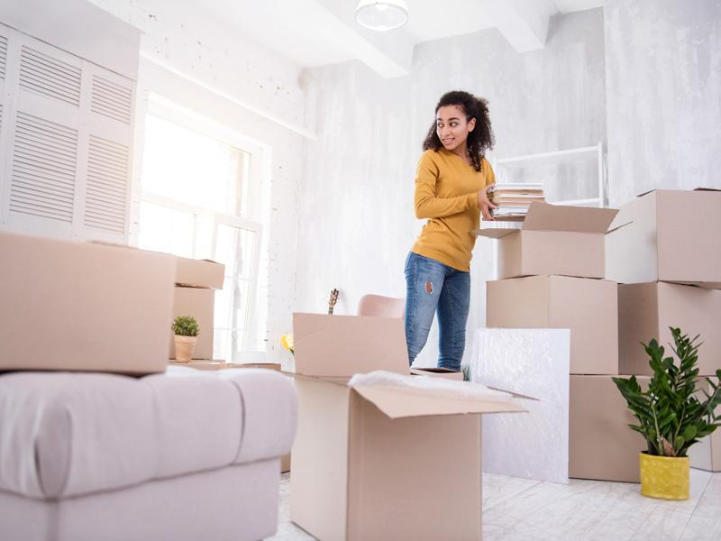Umzugskartons packen, Tipps zum Umzugskartons packen, Foto: zinkevych / stock.adobe.com